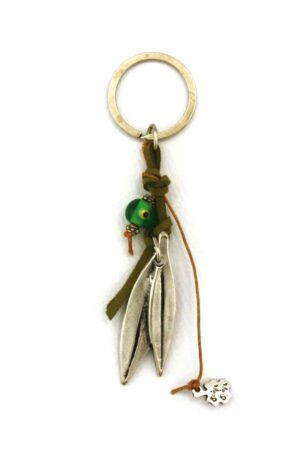 keyring with leaves