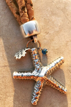 keyring with starfish