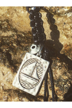 macrame keyring with boat