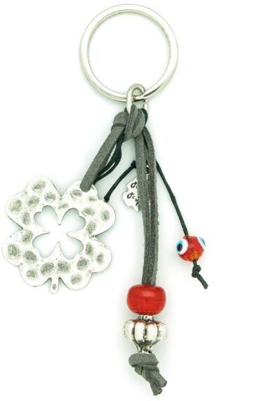 keychain with four leaf clover