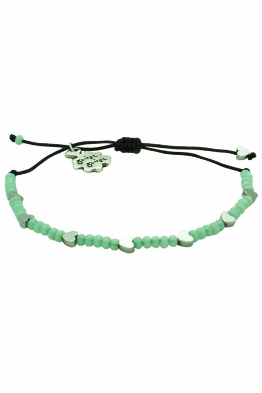 bracelet with hearts