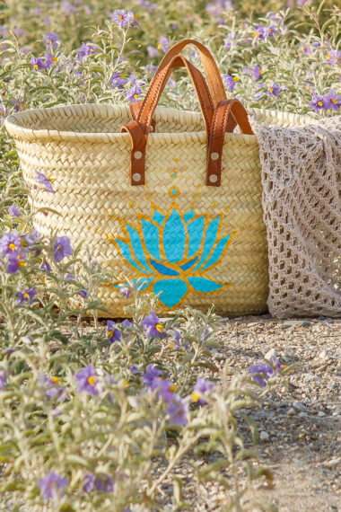 beach bag with turquoise lotus flower