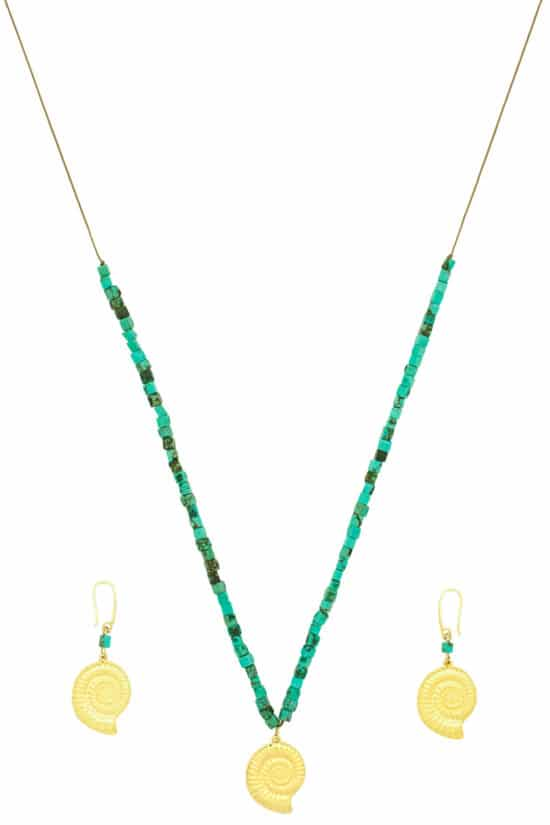 summer necklace and earrings set with gold-plated shells